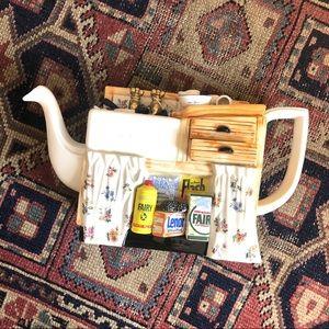 Rare vintage Paul Cardew teapot